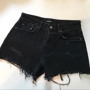 New Women's GRLFRND Helena Denim Cut-Off Shorts